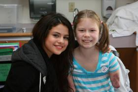 Meeting_Selena_Gomez_00002